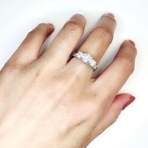 Signature TIffany inspired 3-stone ring